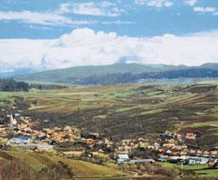 Jellegzetes magyar tájkép, amilyet a Dunántúlon, Erdélyben és a Felvidéken is látni