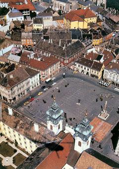 A Kisalföld fővárosa, Győr főtere madártávlatból