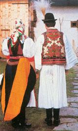 Kalotaszeg, Körösfői pár díszes népviseletben