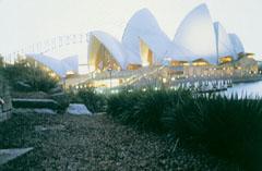 A Sidney-i Operaház, amelynek építésében ausztráliai magyarok is részt vettek